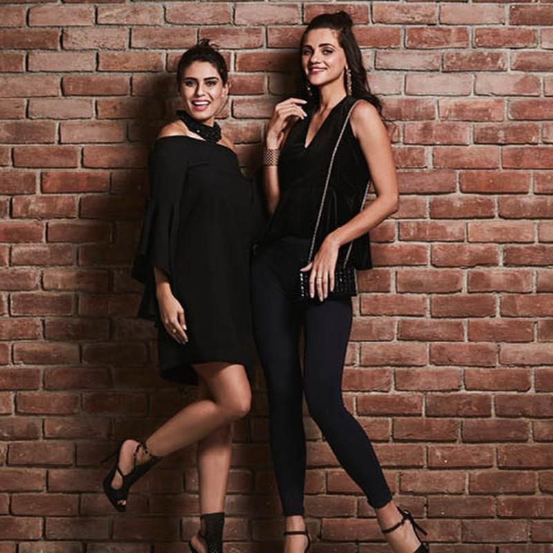 Flipkart - Reebok, Newport & more  Tops, Jeans & more