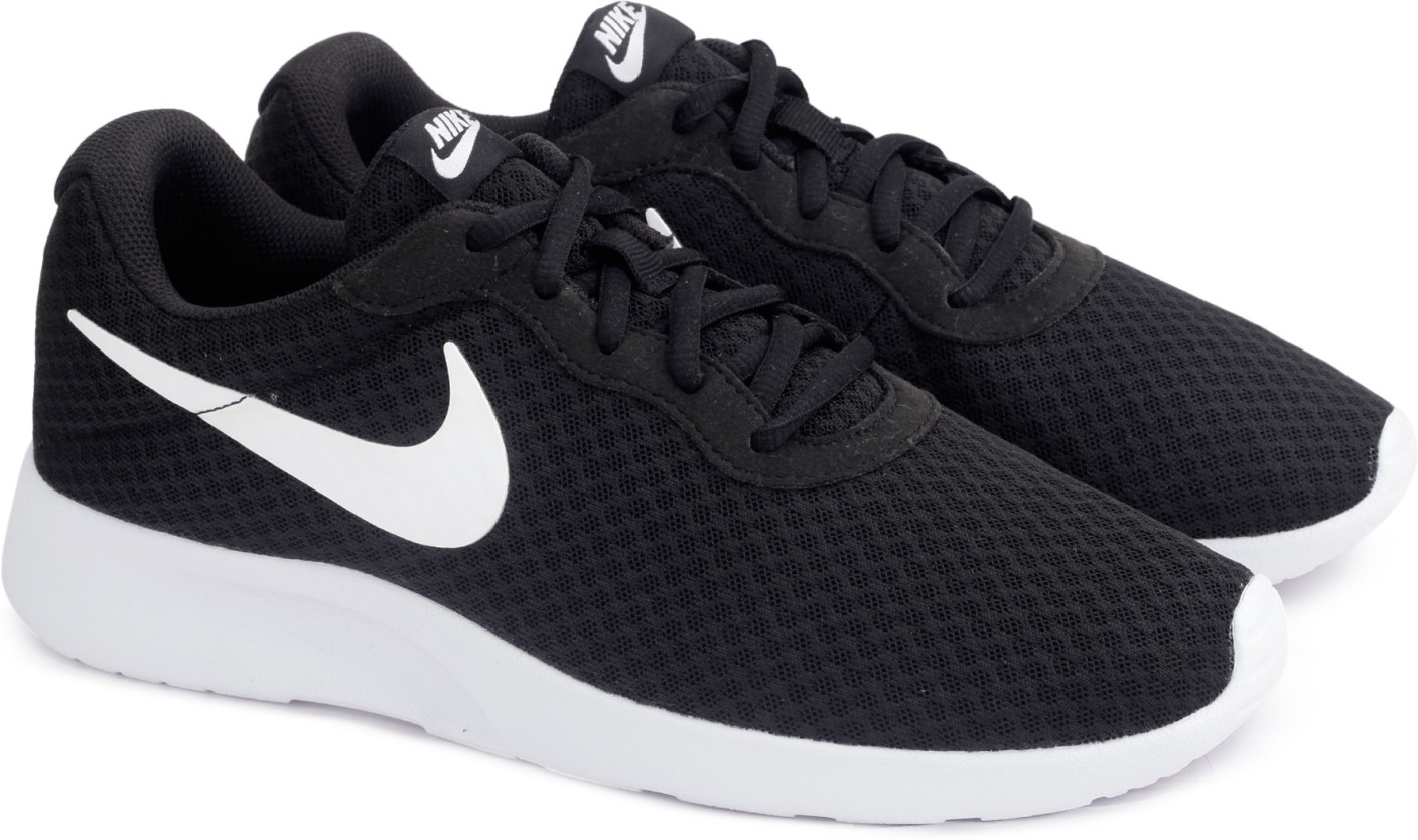 nike tanjun running shoes for men buy black white color. Black Bedroom Furniture Sets. Home Design Ideas