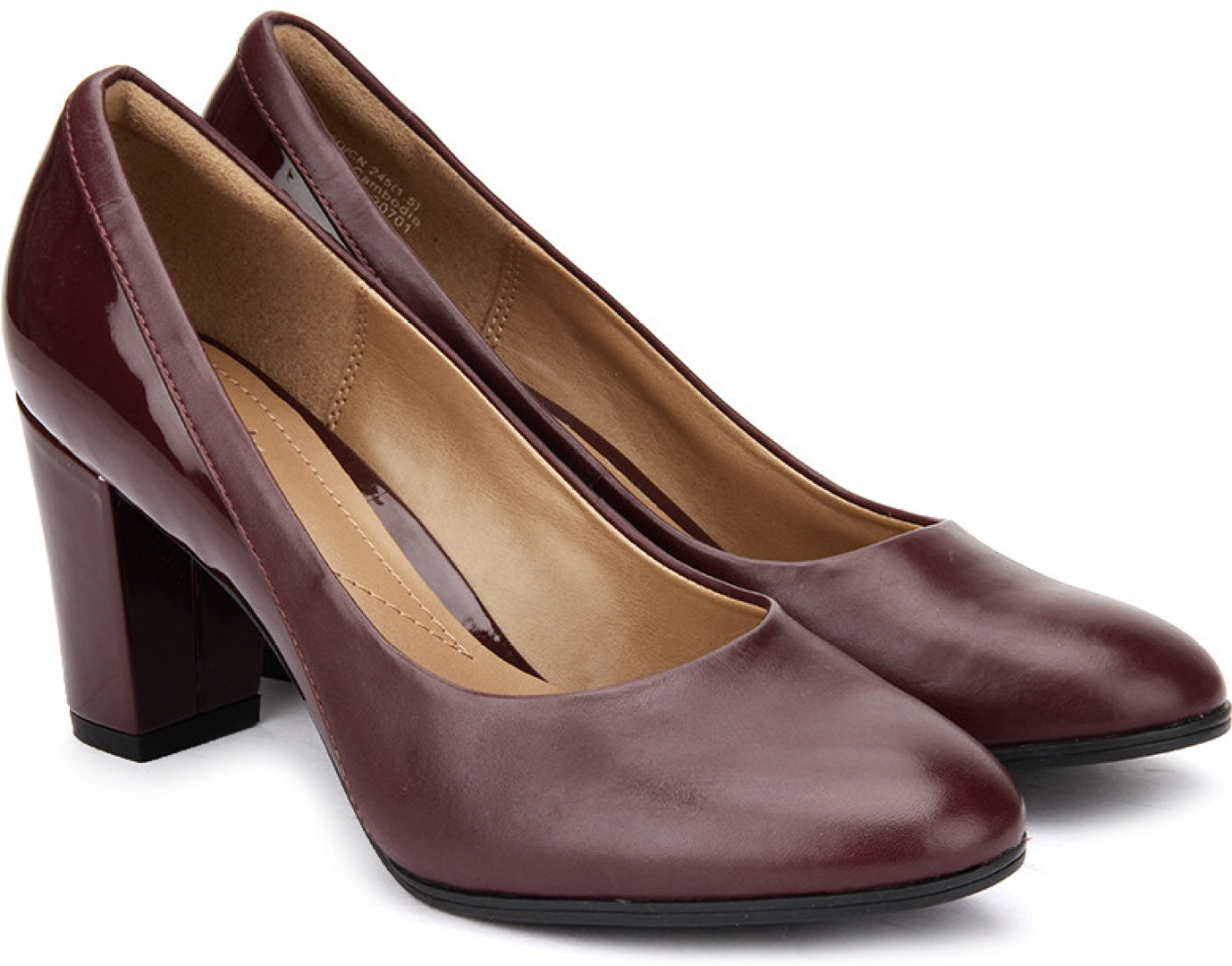 Shop for Clarks shoes online in India. Select from a variety of Clarks formal shoes & casual shoes online at best prices at Metro Shoes. FREE SHIPPING* CASH ON DELIVERY* 30 DAYS RETURN.