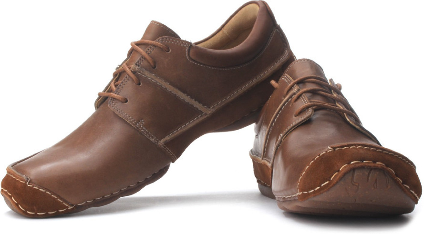 Clarks Mohave Shoes