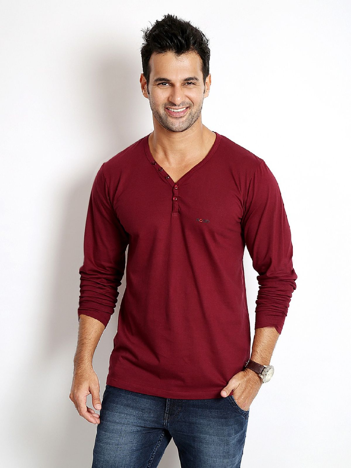 Rodid Solid Mens V-neck Maroon T-Shirt