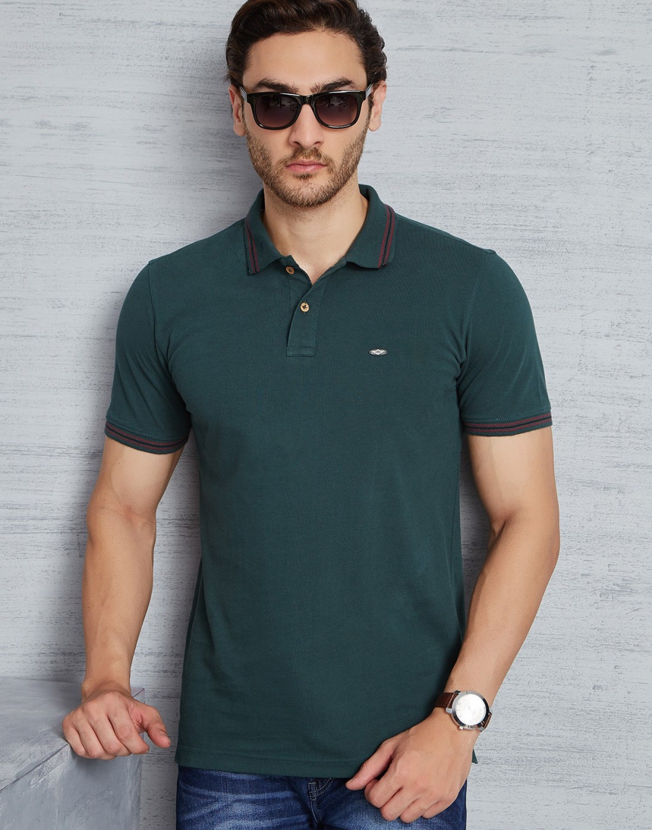 Metronaut solid men 39 s polo neck dark green t shirt buy for Dark green mens polo shirt