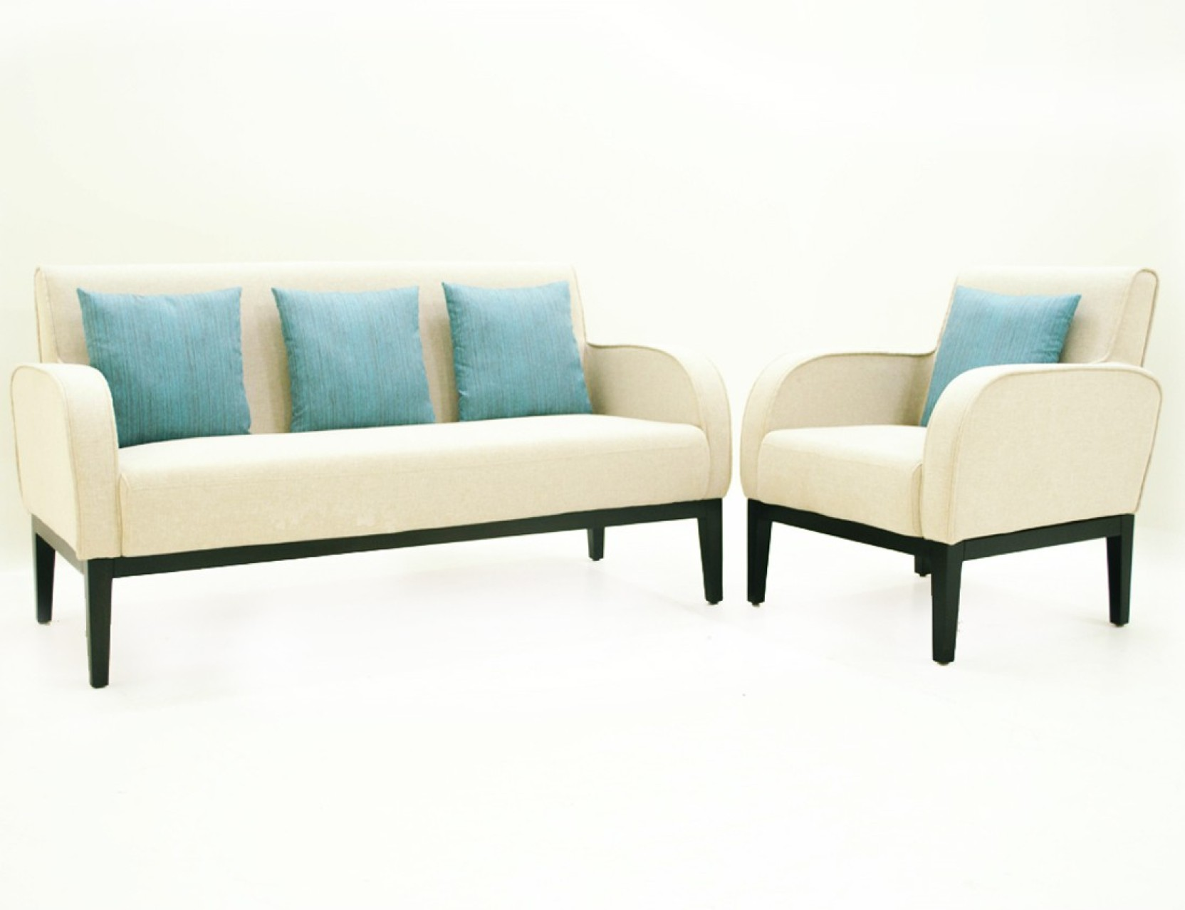 Please consult ... I want to buy a corner sofa. Which mechanism is more reliable: a dolphin or an euro-book