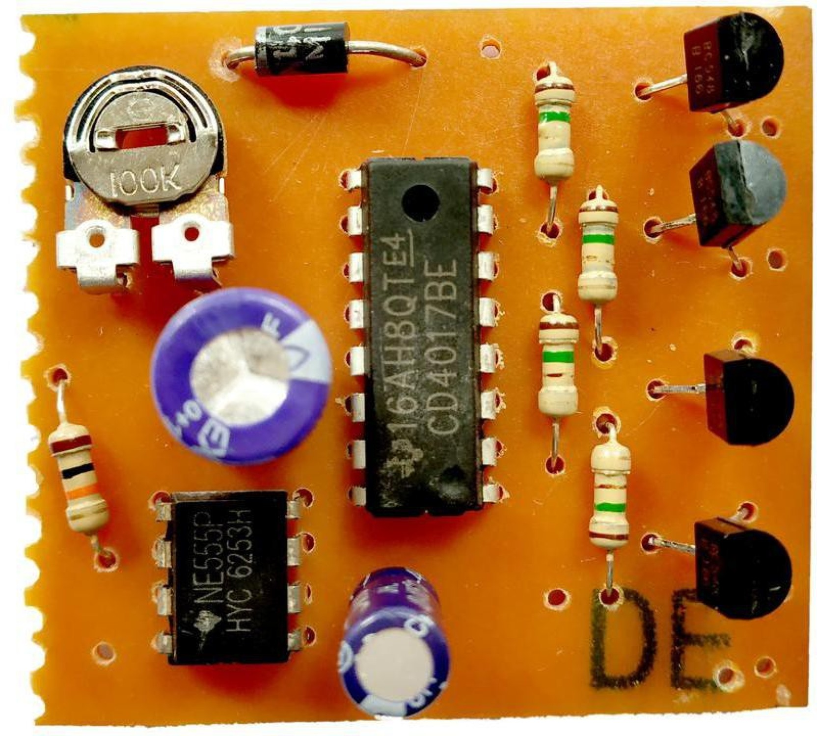 Esp Led Chaser Circuit 4 Outputs 555 Timer Cd4017 Electronic How To Make Mp3 Player At Home Using Components Add Cart