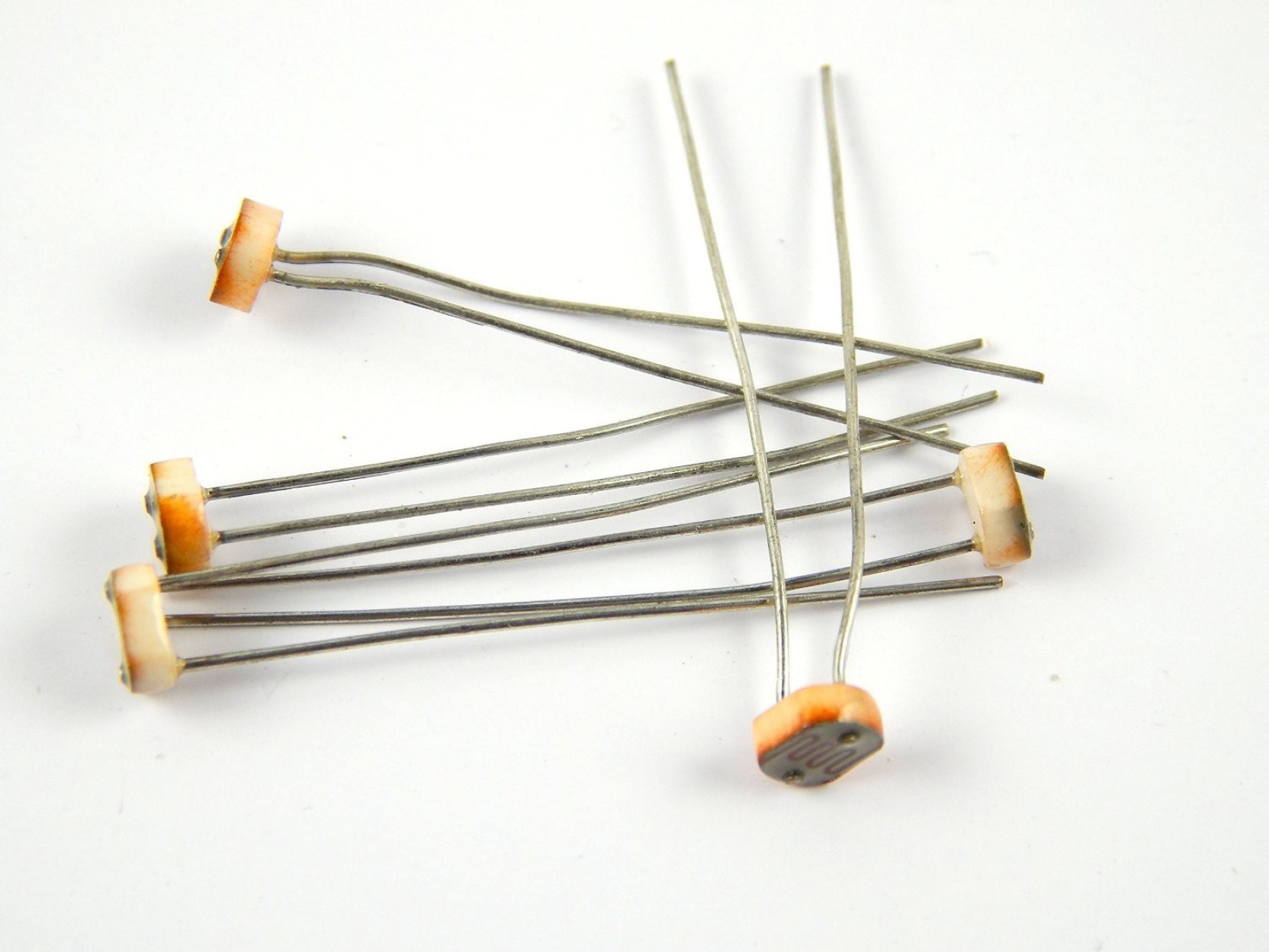 Robo India Ldr Light Dependent Register Photo Resistor 5 Pcs 23 X Circuits Projects Add To Cart
