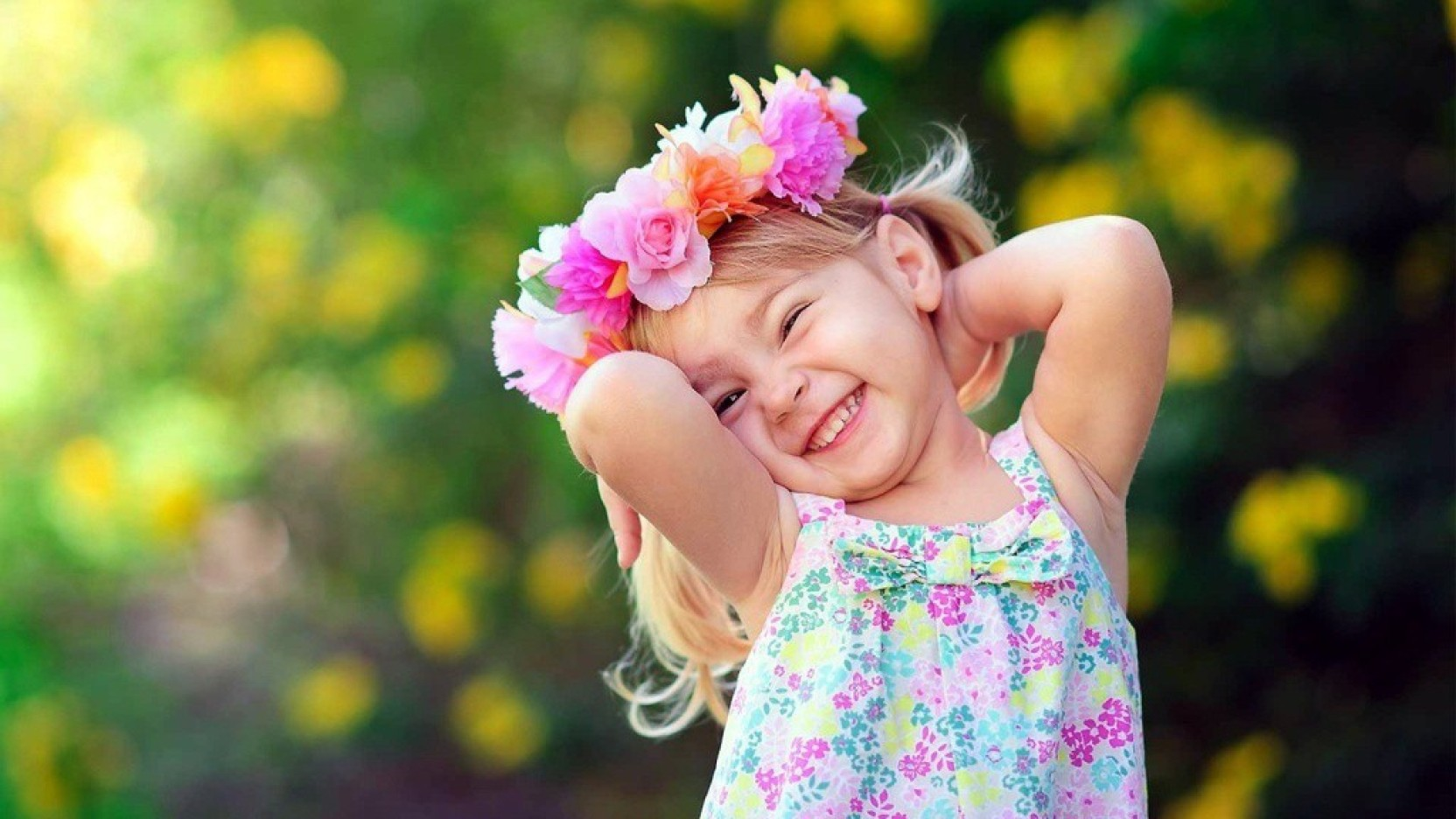 mntc poster of cute baby girl with flower crown (31 cms x46 cms x 31