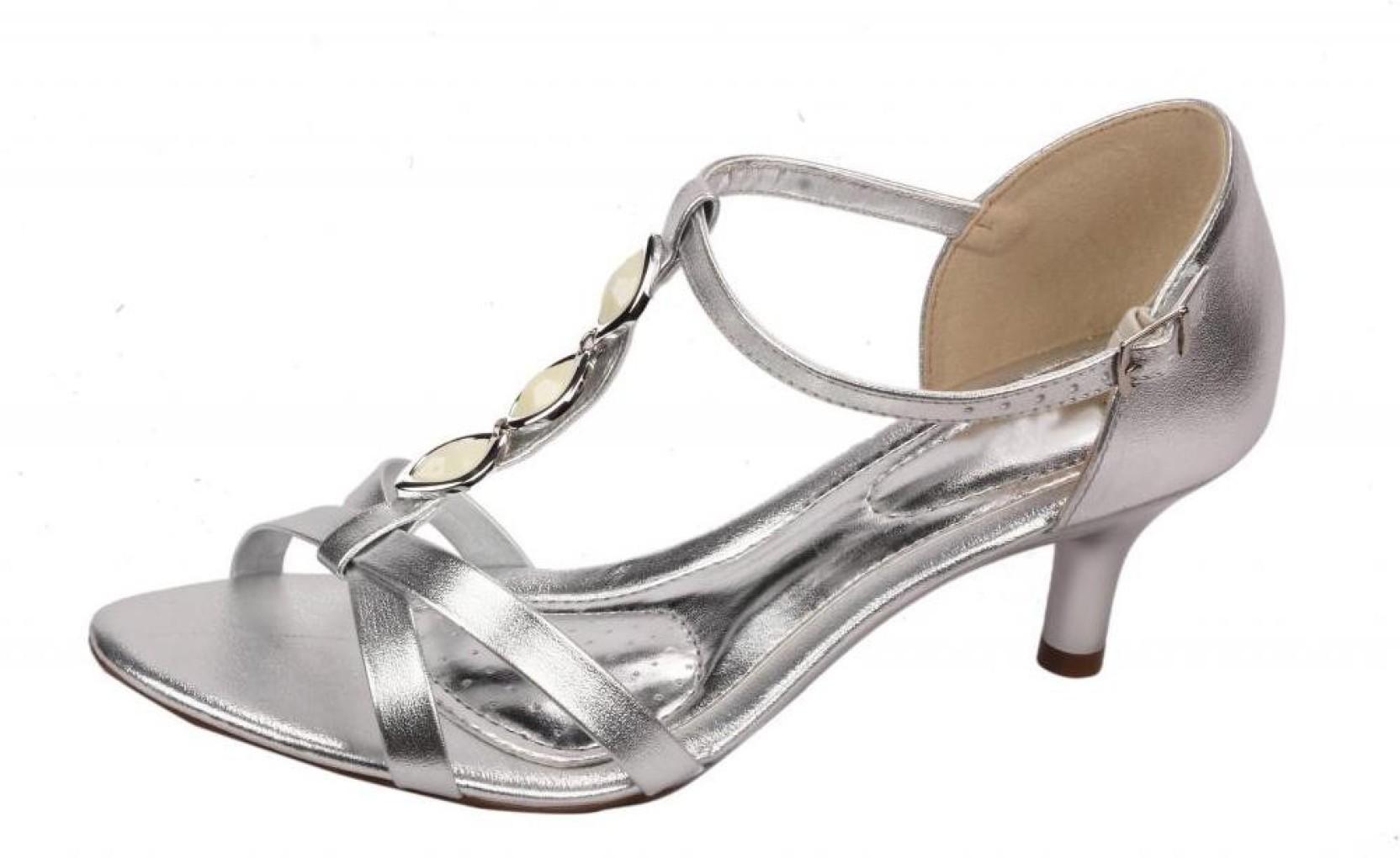 784cc802acd Moda Brasil Women SILVER Heels - Buy SILVER Color Moda Brasil Women ...