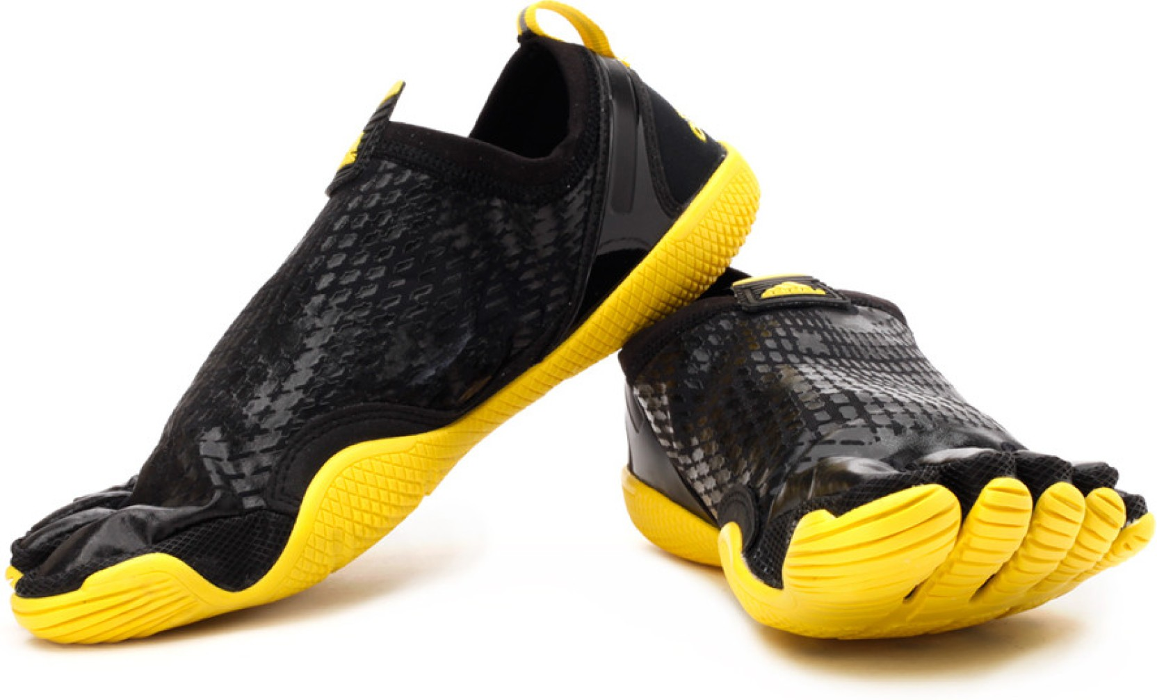 big sale 9a2c5 50ae0 ADIDAS Adipure Trainer 1.1 Training Shoes For Men (Black, Yellow)