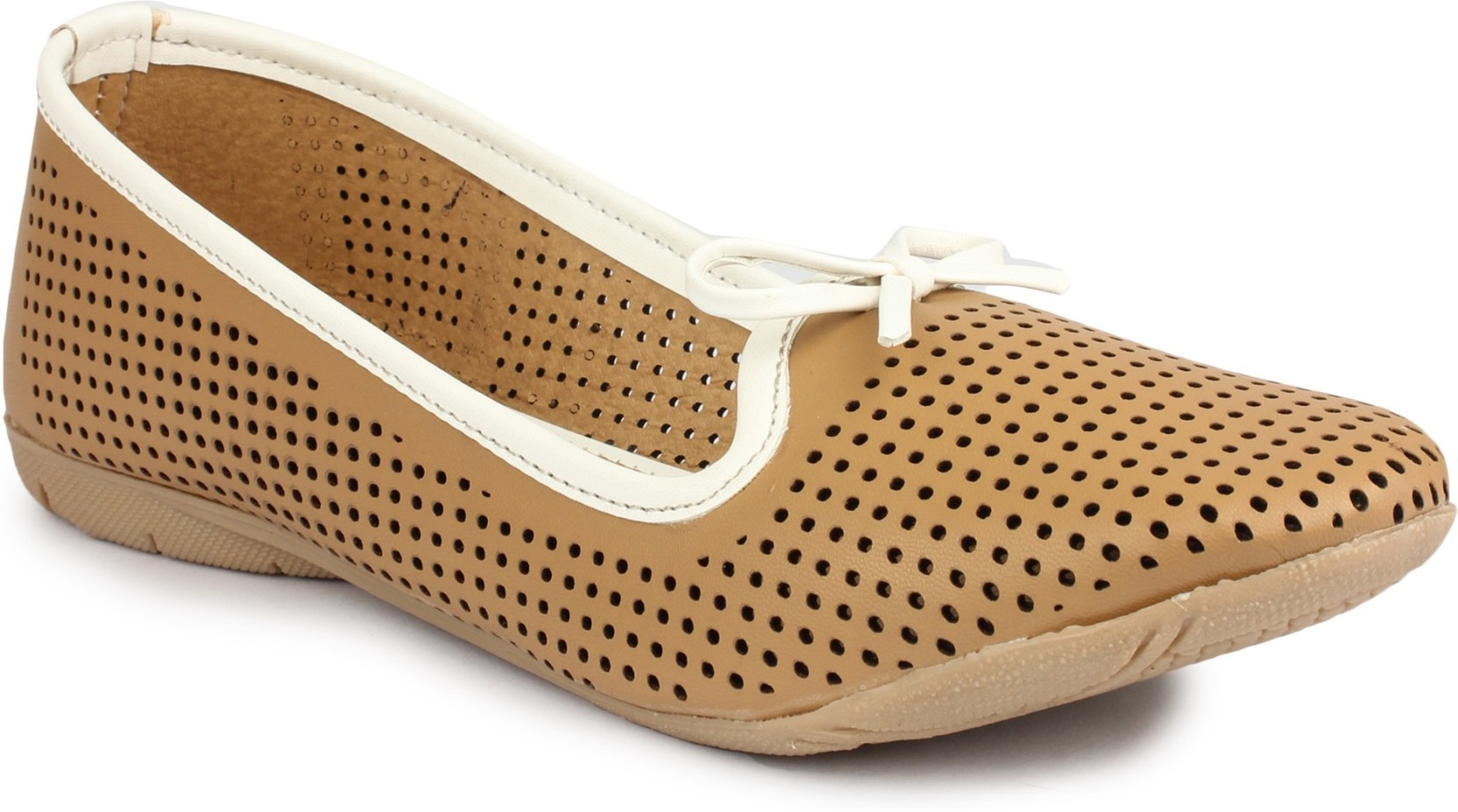 f01a0d2aca Regania Stylish Flat Cusion Casual Partywear Bellies Shoes Footwear For  Women and Girls (Brown / Cutwork) Casuals For Women