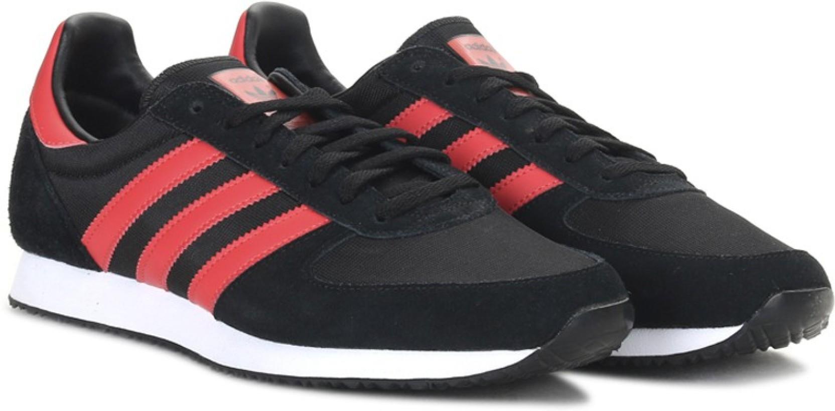 427501c1e777b ADIDAS ORIGINALS ZX RACER Sneakers For Men - Buy CBLACK RED FTWWHT ...