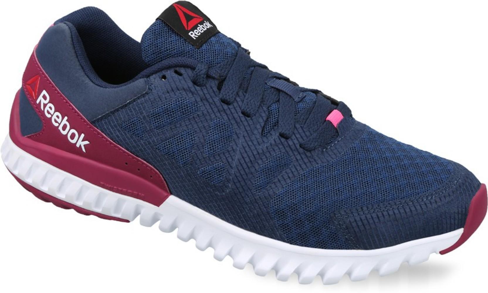 e7fc1bf9d5da REEBOK TWISTFORM BLAZE 2.0 MTM Running Shoes For Women - Buy NAVY ...