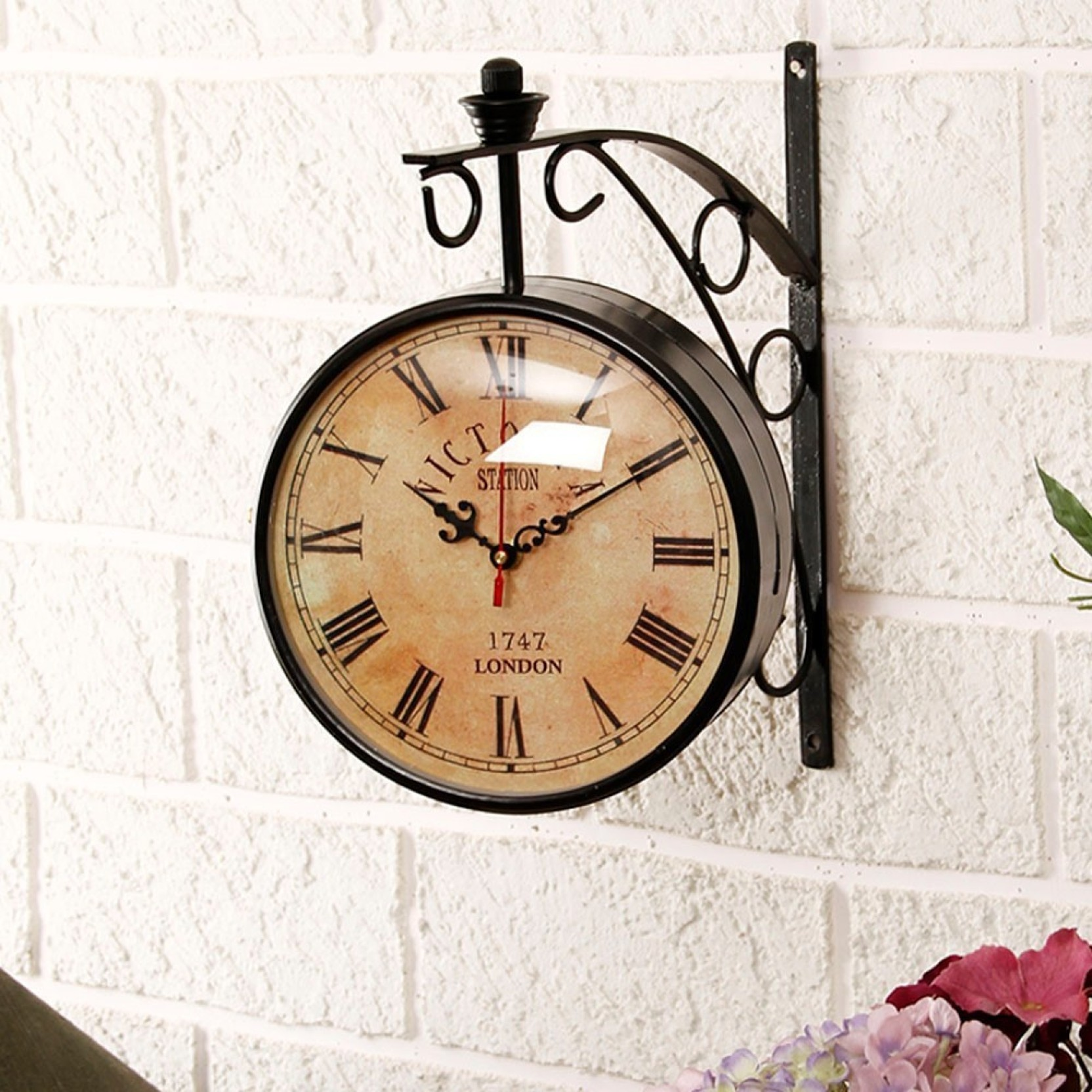 Double sided wall clock unravel india analog wall clock for Traditional wall clocks india