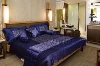 El Sandalo Shades of Paradise Satin Bedding Set(Blue)