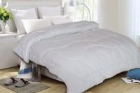 St. Cloud Plain Double Quilt(White)