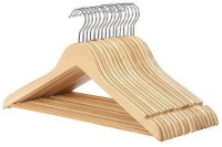 Phoenix Wooden Pack of 16 Cloth Hangers