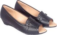 Buy Womens Footwear - Platform online