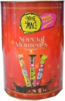 Gone Mad Special Moments Tin Assorted Pack ( 16 N of chocostick,16 N of chocostrawberry Stick::16 n Of Cashew Mithai Stick) Wafer Rolls(624 g)