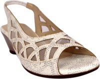 Buy Womens Footwear - Wedges online