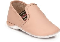 Hirel's Boys & Girls Slip on Sneakers(Pink)