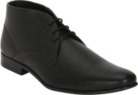Bond Street By Red Tape Men Chukka For Men(Black)