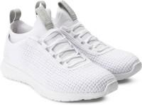 Reebok REEBOK PLUS RUNNER WOVEN Running Shoe(White)