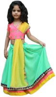 https://rukminim1.flixcart.com/image/200/200/japoakw0/kids-lehenga-choli/u/h/n/5-6-years-d-peach-butti-seagreen-yellow-crooss-aglare-original-imafy86bt5s99djf.jpeg?q=90