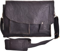 Craft Play Handicraft 16 inch Laptop Messenger Bag(Black)
