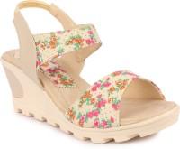 Digni Women Cream Heels