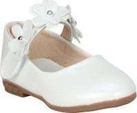 BUCKLED UP Girls Velcro Ballerinas(White)