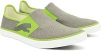 Puma Lazy Slip On II DP Sneakers For Men(Grey, Green)