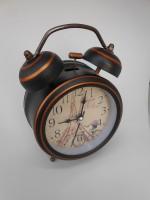 Tradeaiza Analog Pink Clock