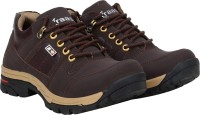 Kraasa Solid Boots For Men(Brown)