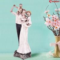 Archies Love Couple Showpiece, Multicolor, Polyresin Material, SIZE, 1 Pc Set Decorative Showpiece  -  11.5 cm(Polyresin, Multicolor)