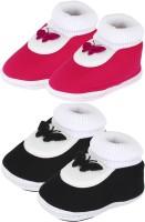 Neska Moda 0 To 12 Month Set Of 2 Baby Booties(Toe to Heel Length - 12 cm, Black, Pink)