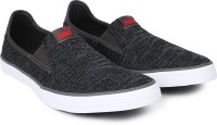 Puma Slyde Slip on Knit IDP Canvas Shoes For Men(Grey)