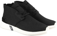 Levi's BLACK TAB DESERT Sneakers For Men(Black)