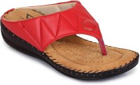 TRASE Women Red Wedges