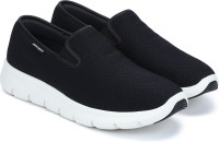 Skechers MARAUDER Walking Shoes For Men(Black)