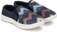 Miss & Chief Girls Slip on Sneakers(Multicolor)