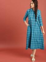 Taavi Women Checkered A-line Kurta(Blue)