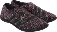 PU-SPM Women's Casual Slip On Synthetic Velvet Shoes - Multicolor, Size8UK/IND Casuals For Women(Multicolor)