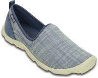 CROCS (Busy Day) Casual Shoes For Women(Multicolor)