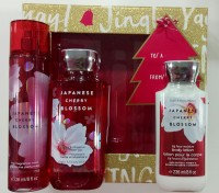 Bath and Body Works JAPANESE CHERRY BLOSSOM GIFT SET WITH BOX(3 Items in the set)