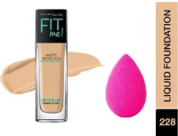Maybelline New York Fit Me Matte+Poreless Liquid Foundation with Beauty Blender
