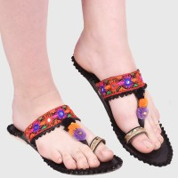 Sayera Women Black Flats