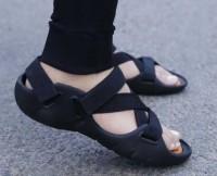 VECHLO Men Black Sandals