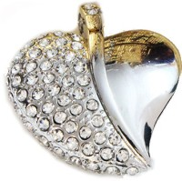 Schnell Heart Shaped Jewel 8 GB Pen Drive(Silver)
