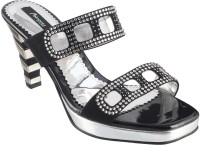 Metro Women 11, Black Heels