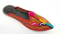 https://rukminim1.flixcart.com/image/200/200/sandal/k/t/k/multicolor-ladies-jutti-ambience-9-original-imaehqycxcpgztgy.jpeg?q=90
