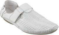 Jfontini Men 16, White Clogs